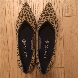 Rothys The Point Leopard Flats